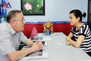 Học tiếng Anh với người bản xứ